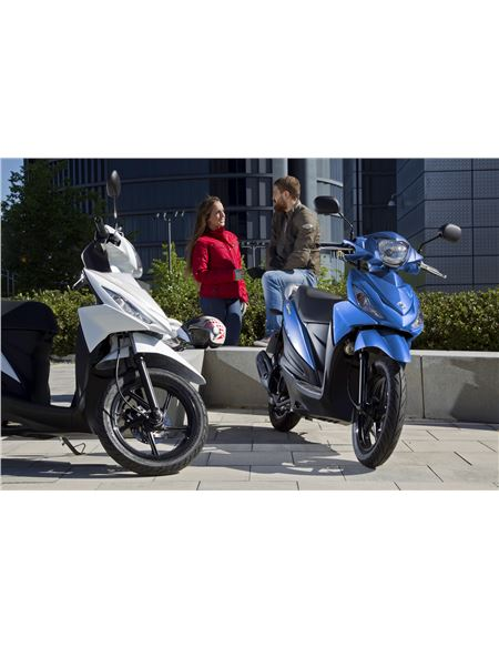 Suzuki address 113cc 2018 e4 negra brillo - UK110NML8_YVU_RIGHT1